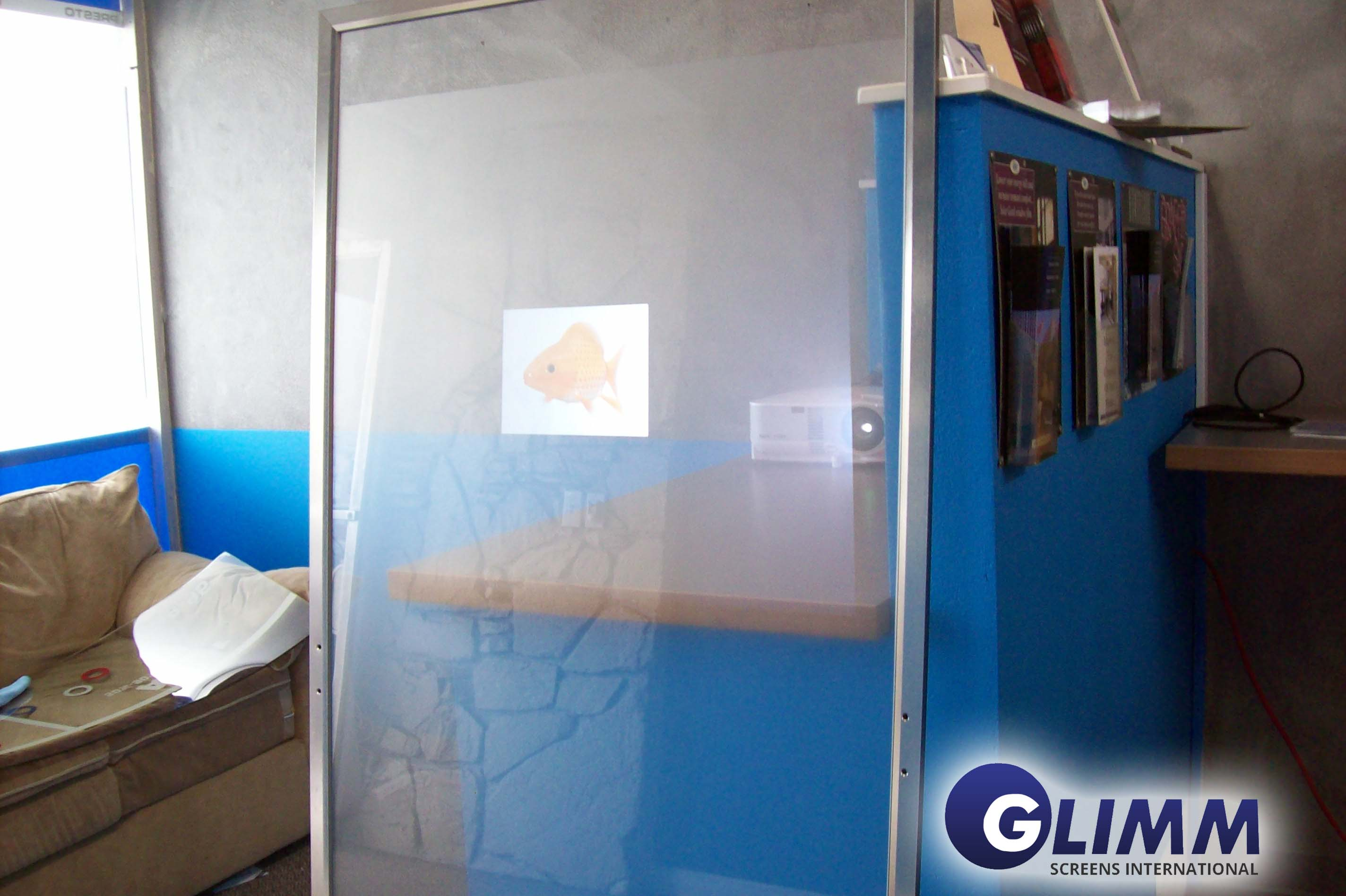 Transparent rear projection film